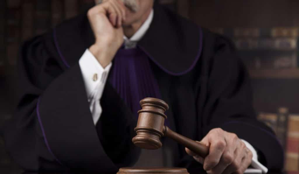 El primer invidente que aprueba la oposición a juez es valenciano