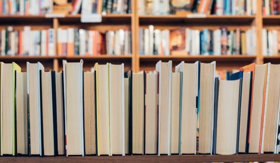 Plaça del Llibre: el mayor escaparate de la literatura valenciana