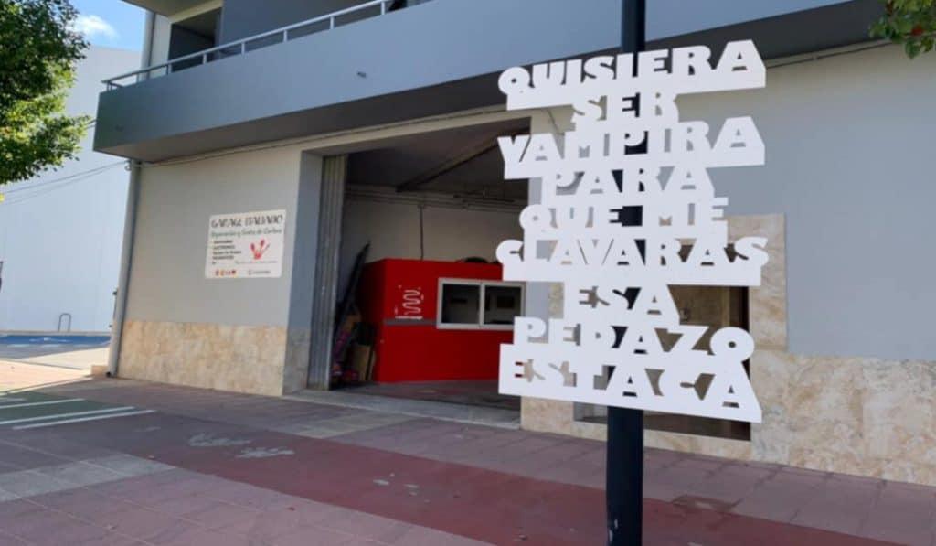 El Verger lanza una campaña callejera que da la vuelta a los piropos y critica el sexismo