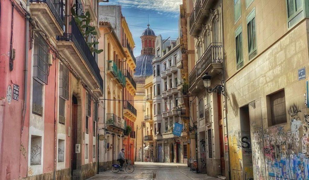 Valencia contará con varias rutas literarias de diferentes poetas valencianos