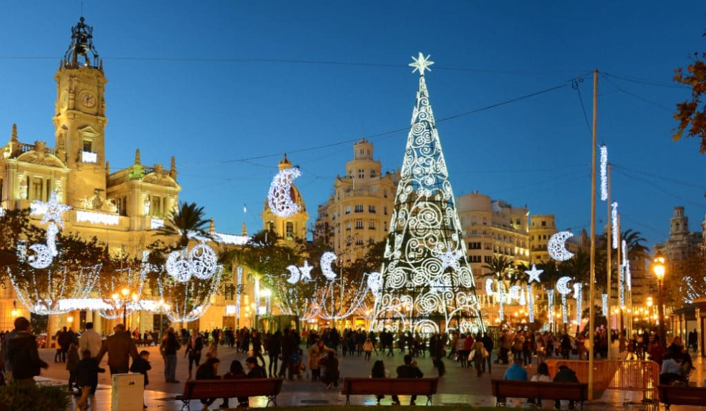 El encendido de las luces navideñas se retrasa por la caída de un rayo