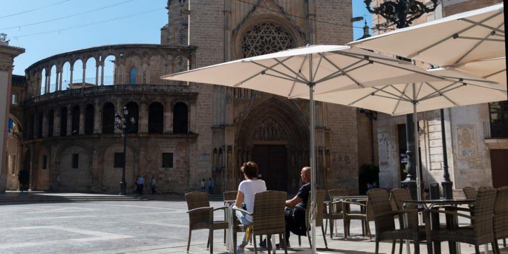 Esta es la propuesta de la hostelería para reabrir los bares en Valencia