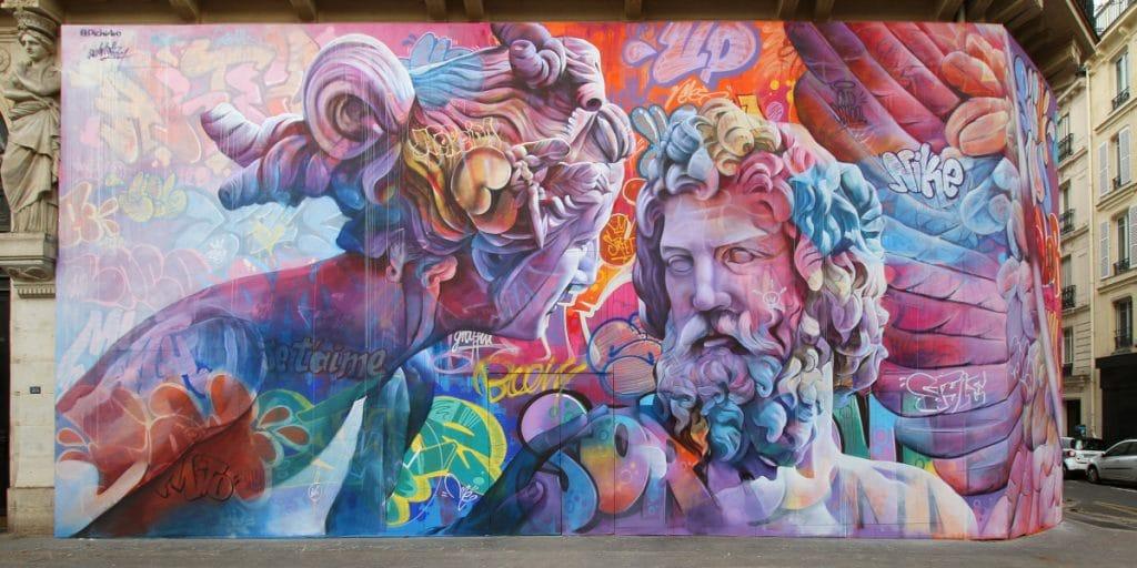 Los artistas valencianos PichiAvo pintan un mural de 160 m2 en pleno centro de París