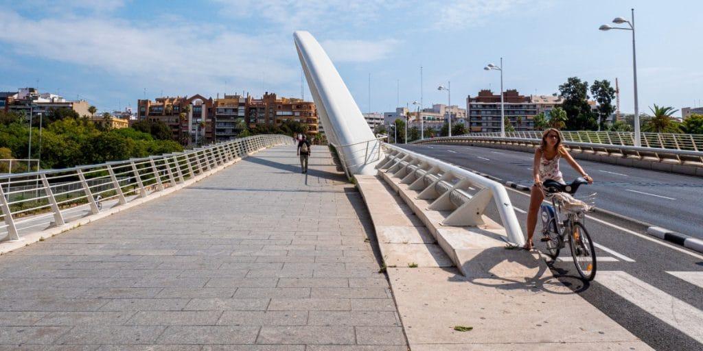 Valencia completa el carril bici de la Ciudadela