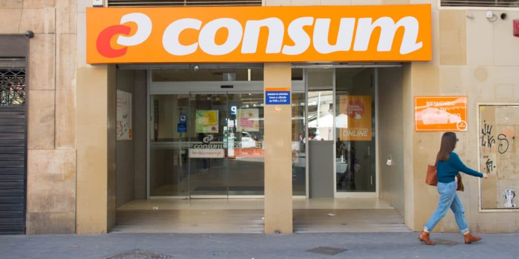 Consum busca 4.000 personas para trabajar este verano