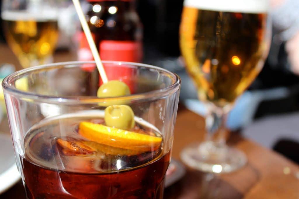 Llega a Valencia «La Hora del Vermut», un recorrido gastronómico con bebida y tapa de autor