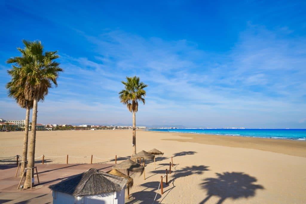 Todas las playas de Valencia tendrán bandera azul