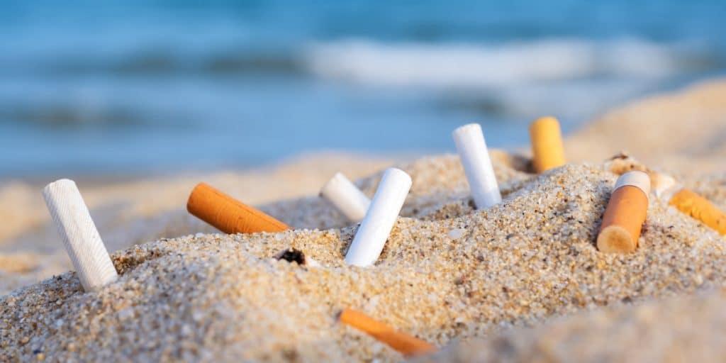 Valencia ya tiene 4 «playas sin humo» para este verano
