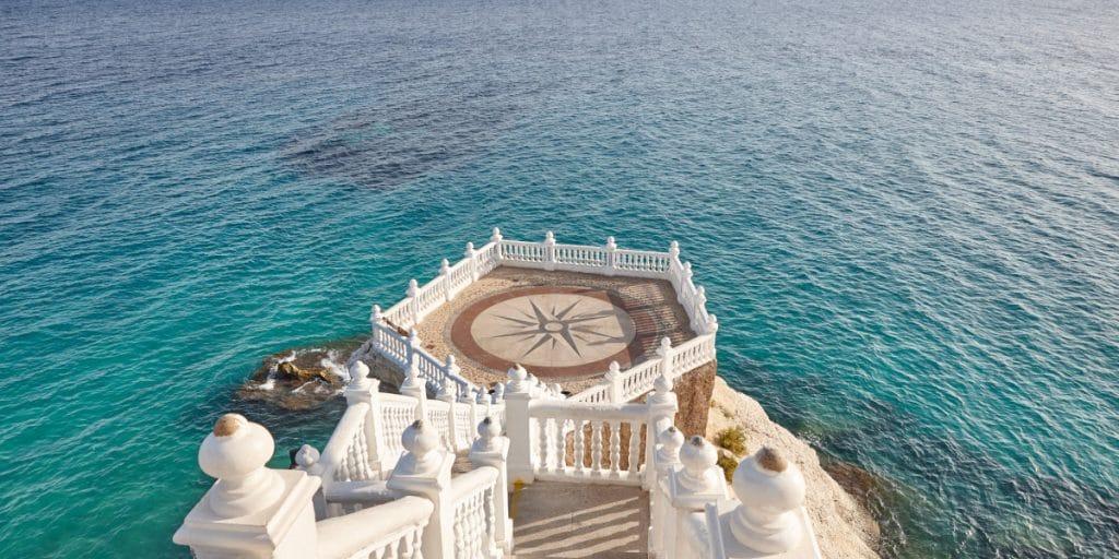 Balcón del Mediterráneo: espectaculares vistas de la costa de Benidorm