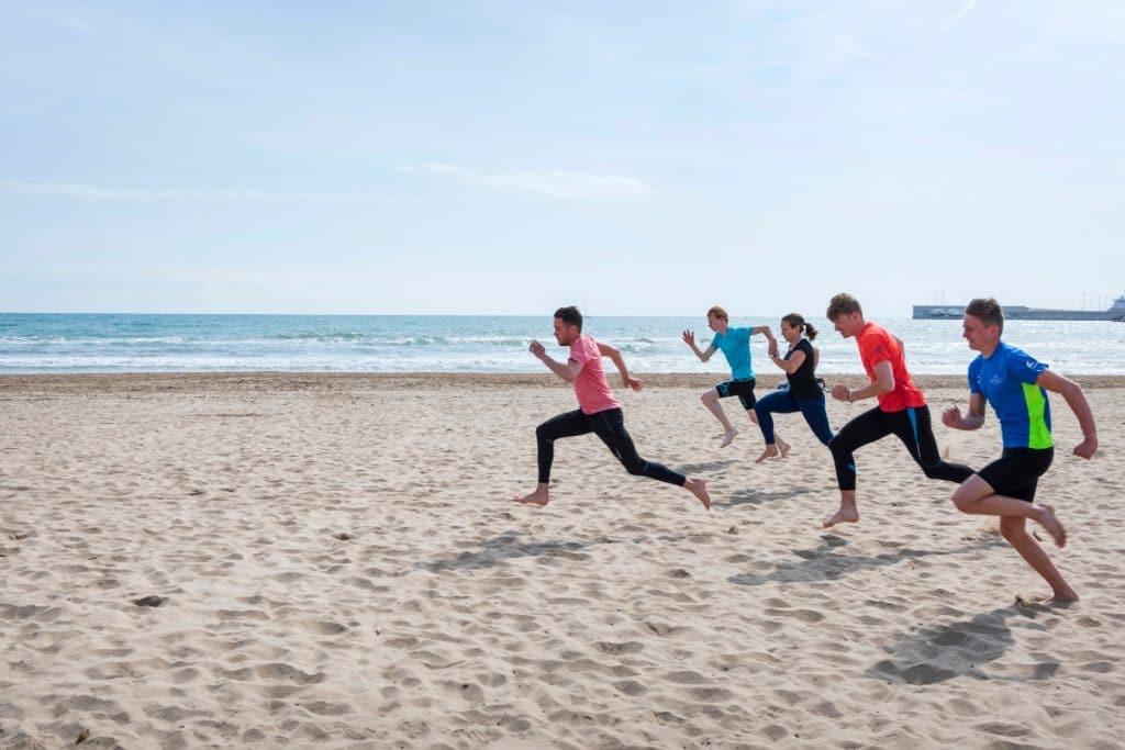 Las clases gratuitas para hacer ejercicio físico vuelven a la playa