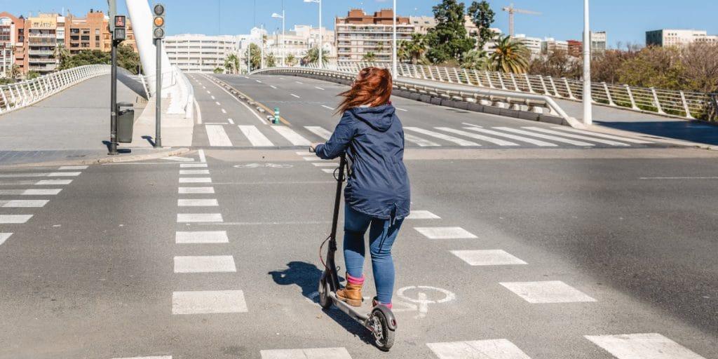 Valencia instalará radares para medir la velocidad de los patinetes
