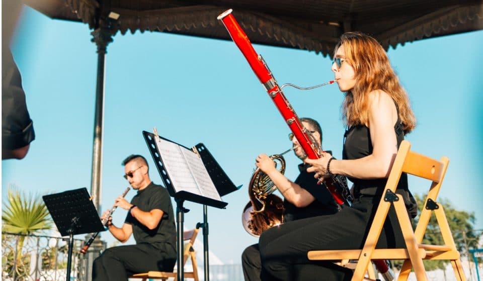 Desde este jueves, las noches de La Marina vienen repletas de música en directo