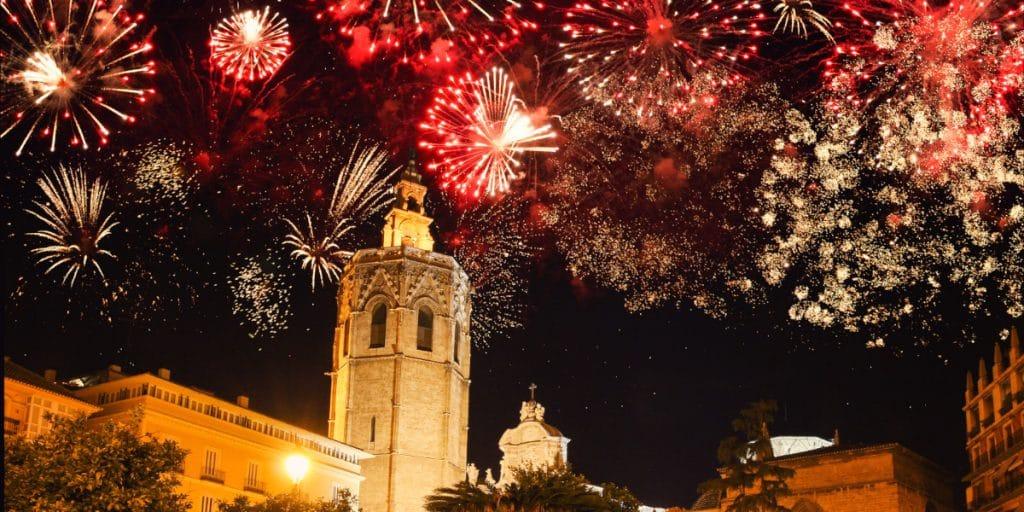Nit del Foc 2021: 4 castillos de fuegos artificiales llenarán el cielo de Valencia