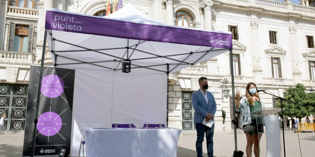 Valencia instalará 6 puntos violeta durante la celebración de las Fallas