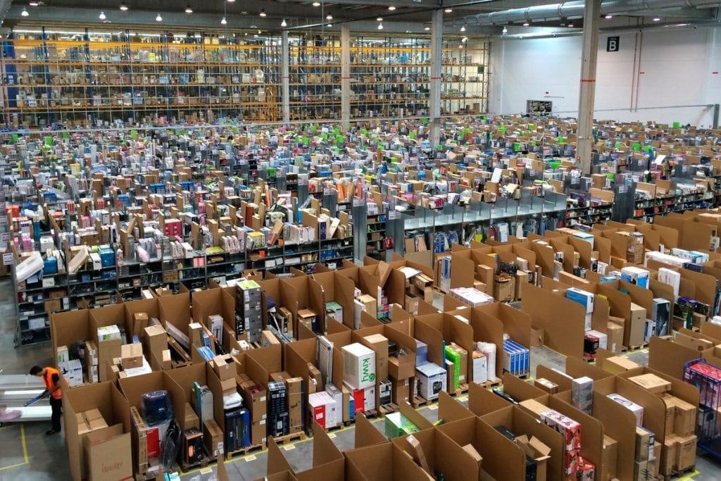 Amazon lanzará su primer centro logístico en la Comunidad Valenciana