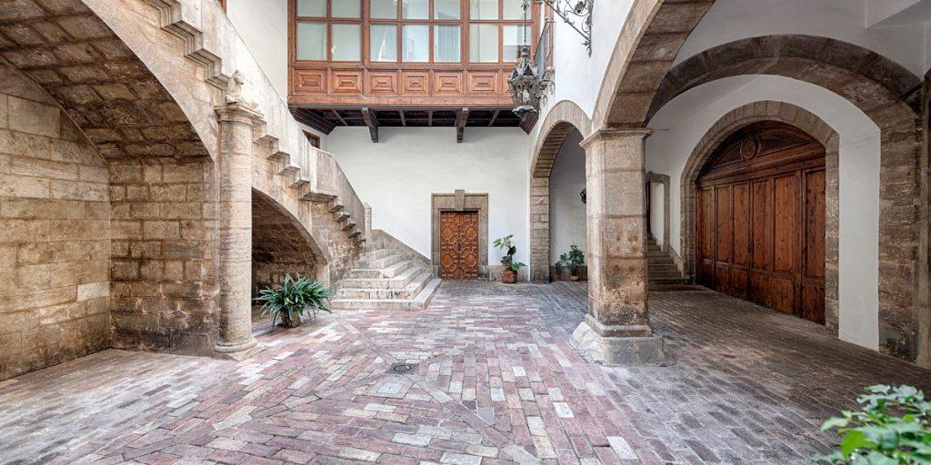 Dos palacios del centro de Valencia abren sus puertas esta semana