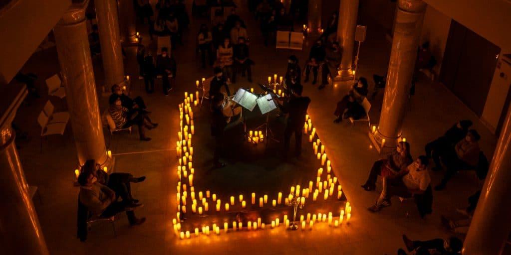 Concierto de bandas sonoras de anime a la luz de las velas en Valencia