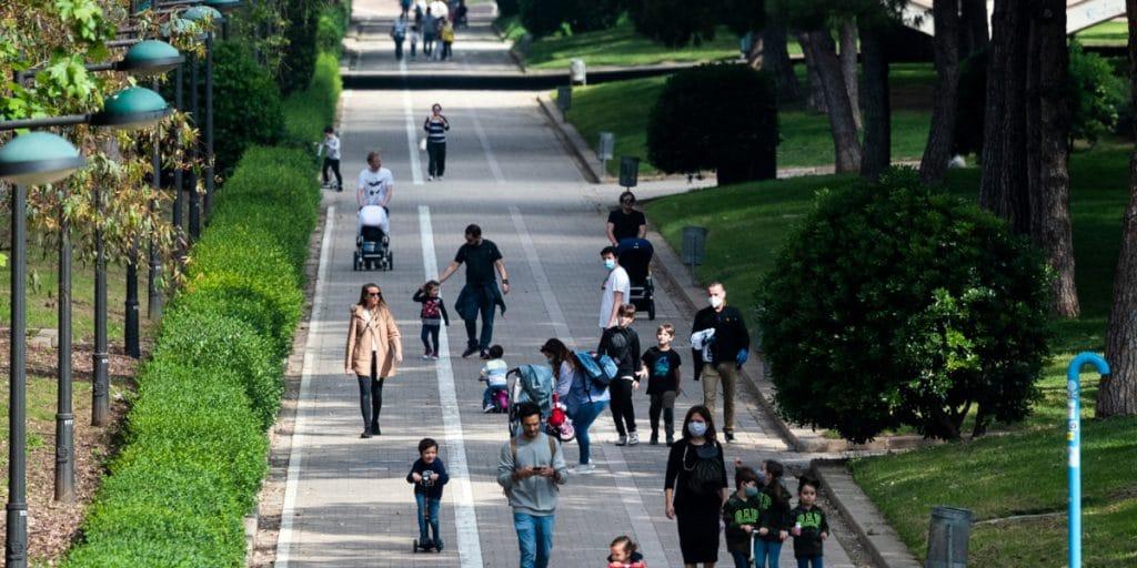 La Comunitat Valenciana elimina todas las restricciones salvo la mascarilla y las mesas de 10 personas